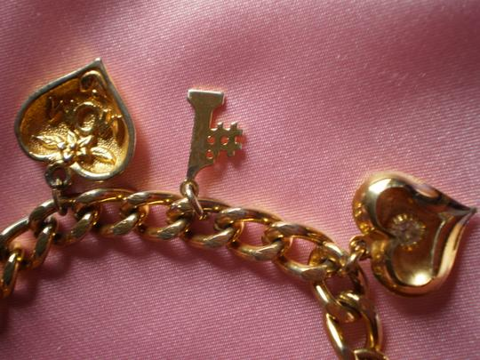 Other 'MOM' Charm