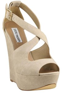 Steve Madden Tan Fabric Heel Sand Wedges