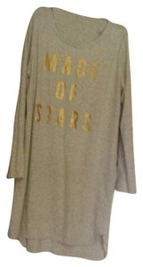 Old Navy Top Gray with gold lettering