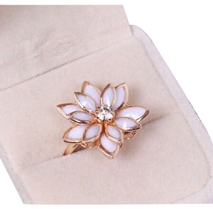 9 Karate Gold Filled ADJUSTABLE 3-D White LOTUS Ring with Cubic Zirconia Center - NEW!