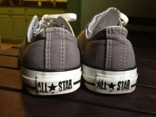 Converse Tennis Chuck Taylor's Size 7 Grey Athletic