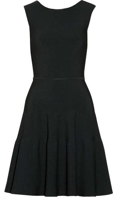 Item - Black Ribbed Stretch-knit Mid-length Night Out Dress Size 2 (XS)