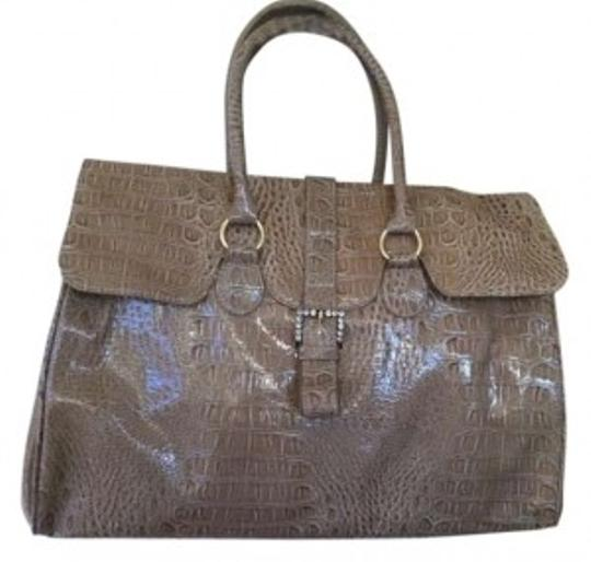 Preload https://item3.tradesy.com/images/jessica-simpson-taupe-synthetic-satchel-158942-0-0.jpg?width=440&height=440