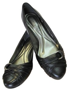 Andrew Geller Leather Size 6.50 M Black Pumps