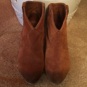 Ash Tan/brown suede Boots