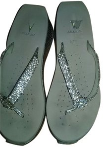 Volatile gold and silver Sandals