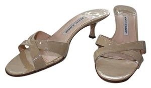 Manolo Blahnik Patent Leather Classic Cream-beige (patent) Sandals
