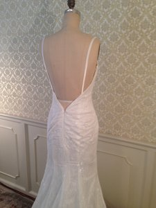 All Lace Low Back Long Train Slim Sexy (brand New Never Worn) Wedding Dress