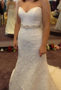 House of Wu Ivory Lace Wedding Dress Size 6 (S)