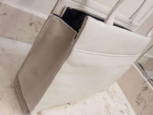 Lisa Loren Tote in White