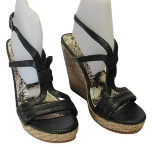 Gianni Bini Size 7.00 M Leather Very Good Condition Black, Neutral, Wedges
