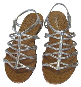 DKNY Size 8.00 M New Excellent Condition Silver, Neutral, Sandals