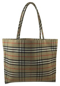 Burberry Canvas Plaid Novacheck Tote in Signature Print