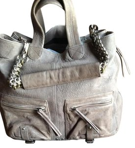 Pour La Victorie Leather Tote in Taupe