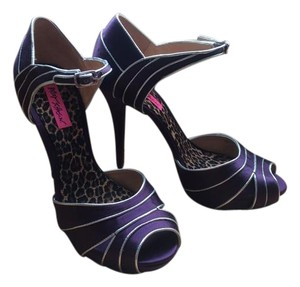 Betsey Johnson Pump Heel Purple Pumps