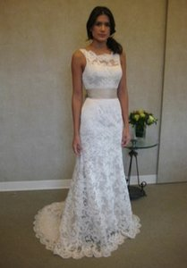 Sz 10/12 Lace Keyhole Low Back Bateau Neckline (brand New Never Worn) Wedding Dress