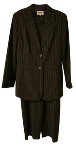 Kasper Excellent Condition, Like New, Sz 10, KASPER, Black, Blue & Pink Pinstriped, Pants Suit, Jacket, Work, Business, Long-Sleeve, Career, Waist 15.5 inches Across, Inseam 30.5 inches
