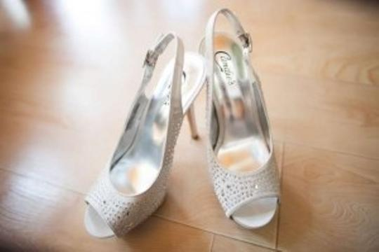 Candie's Silver Diamond Studded Pumps Size US 8