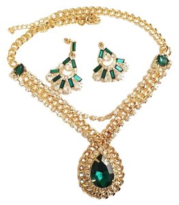 Omar New faux emerald necklace set