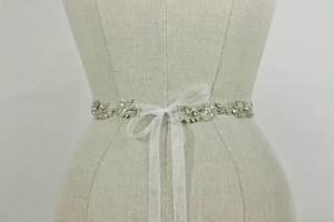 Lanen Rhinestone Crystal Beaded Beaded Sash White Organza And Silver