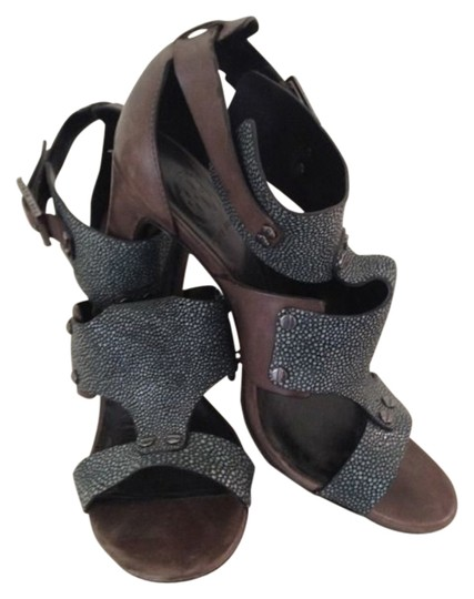 Tory Burch Gladiatior Gray Eel Taupe/Gray Sandals