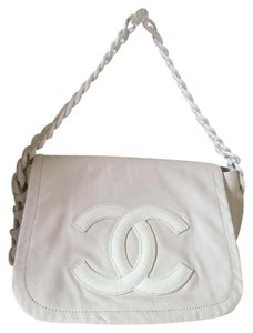 Chanel Modern Chain Lambskin Leather Shoulder Bag