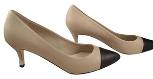 Chanel beige Pumps