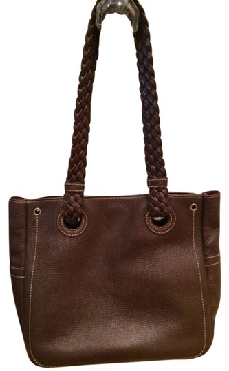 Preload https://img-static.tradesy.com/item/1591285/nordstrom-brown-pebbled-leather-tote-0-0-540-540.jpg
