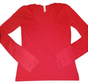 Victoria's Secret Stretchy Thermal Under Armor T Shirt red