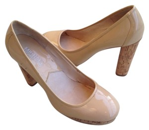 MICHAEL Michael Kors Patent Leather Cork Natural Beige Pumps