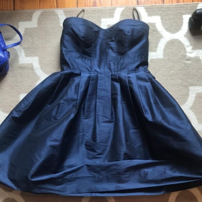 Item - Navy Polyester Strapless Formal Bridesmaid/Mob Dress Size 8 (M)