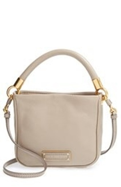 Item - Crossbody Hot To Handle Mini In Tan Leather Tote