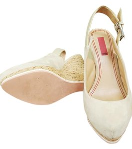 5/48 Designer Swede Cream Wedges