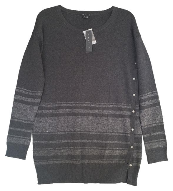 Preload https://item1.tradesy.com/images/theory-sweaterpullover-size-6-s-1591970-0-0.jpg?width=400&height=650