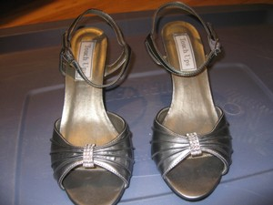 Touch Ups Touch Ups Aspen 6 1/2 - Gunmetal - Formal Wedding Shoes Wedding Shoes