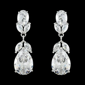 Stunning Cz Crystal Wedding And Formal Earrings