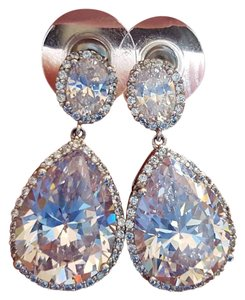 Neiman Marcus Swarovski Crystal Hanging Earrings