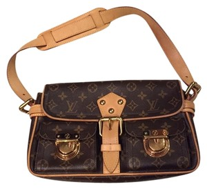 Louis Vuitton Limited Edition Like New Buckels Perfect Condition Leather Vintage Shoulder Bag