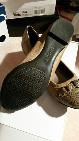 Chico's neutral Flats
