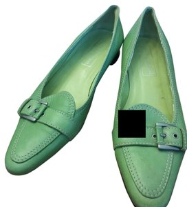 Saks Fifth Avenue Spring green Flats