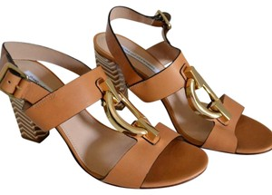 Diane von Furstenberg Tan/gold Sandals