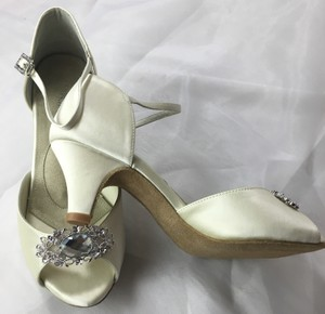 Angela Nuran Vintage Wedding Shoes