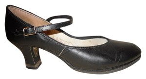 Capezio Leather Dance black Pumps