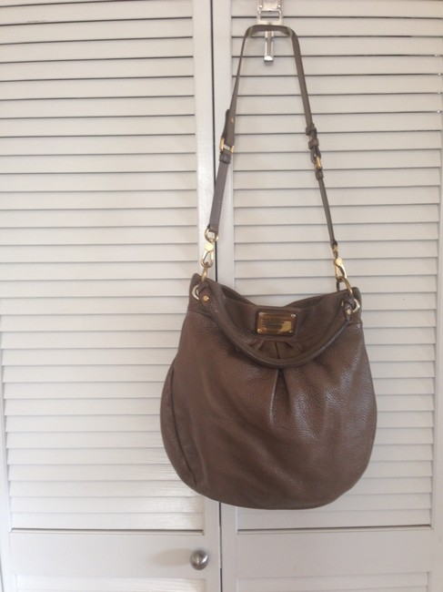 Item - Classic Q Hillier Taupe/Grey Leather Hobo Bag