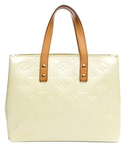 Louis Vuitton Lv Vernis Monogram Tote in Pearl