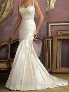 Mori Lee Ivory Satin 1857 Formal Wedding Dress Size 8 (M)