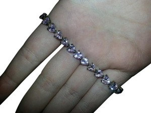 9.2.5 Beautiful Pink Saphire Heart Bracelet