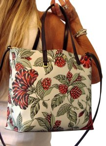 Tory Burch Tote in Green Acres Floral