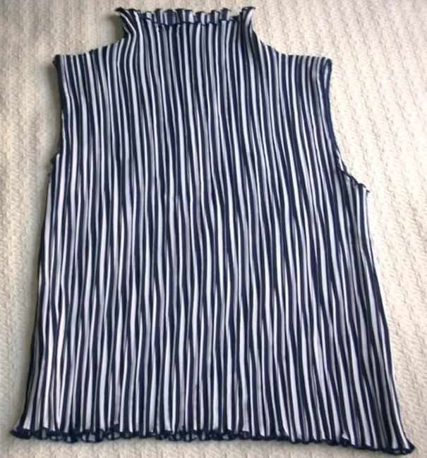 Other Top Blue/White vertical lines