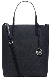 Michael Kors Hayley Blue New With Tags Mk Signature Pvc Silver Tote in Baltic Blue/Light Sky